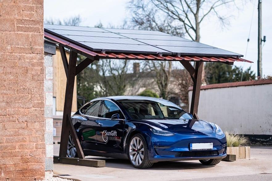 SunGift solar car port